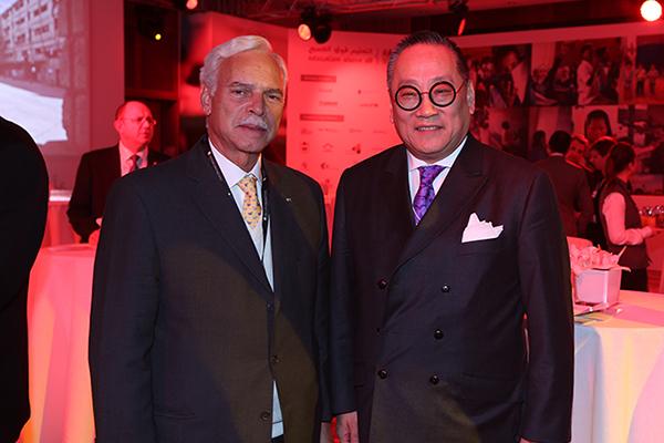 Marcio Barbosa and Chinese businessman Peter Liu at the World Economic Forum, Davos