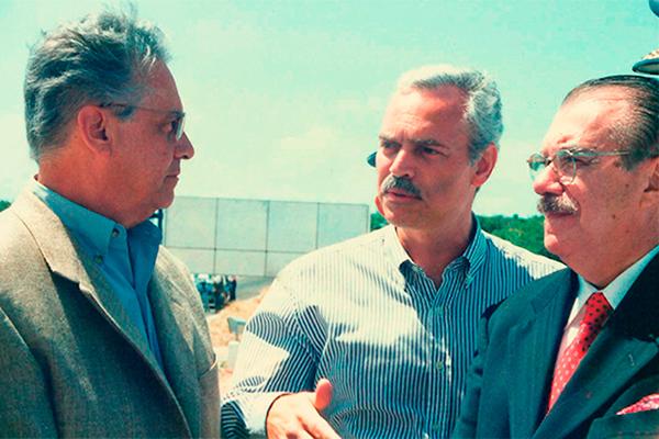 Marcio Barbosa, Fernando Henrique Cardoso and José Sarney.