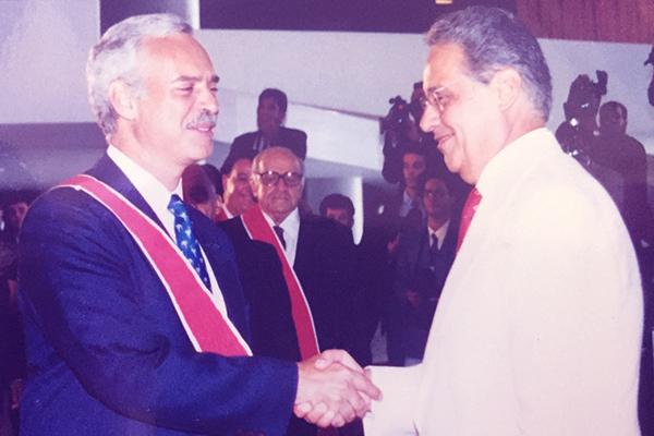 Marcio Barbosa, Medalha Ordem do Mérito Científico entrega por Fernando Henrique Cardoso.